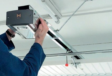 garage door repairsGarage Door Maintenance  Cals Garage Doors